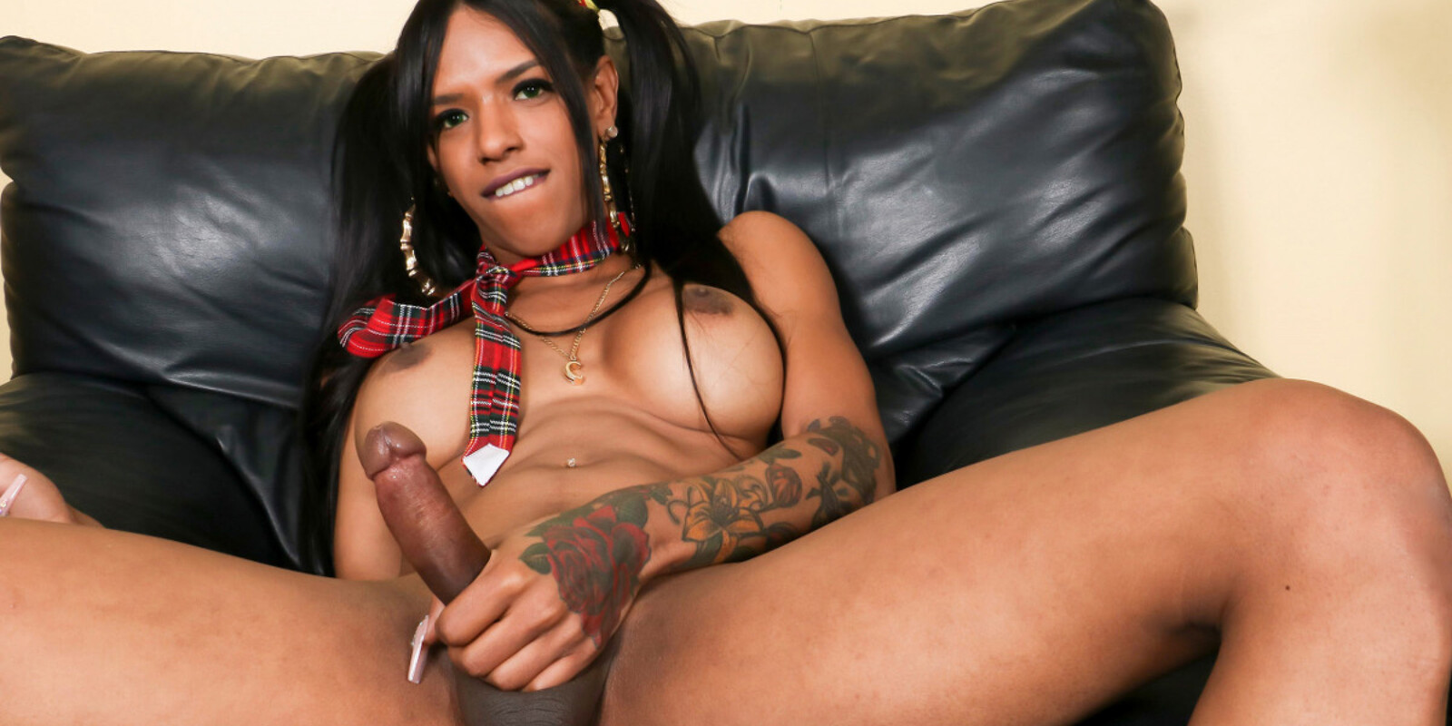 Melody Melendez Cums For You!